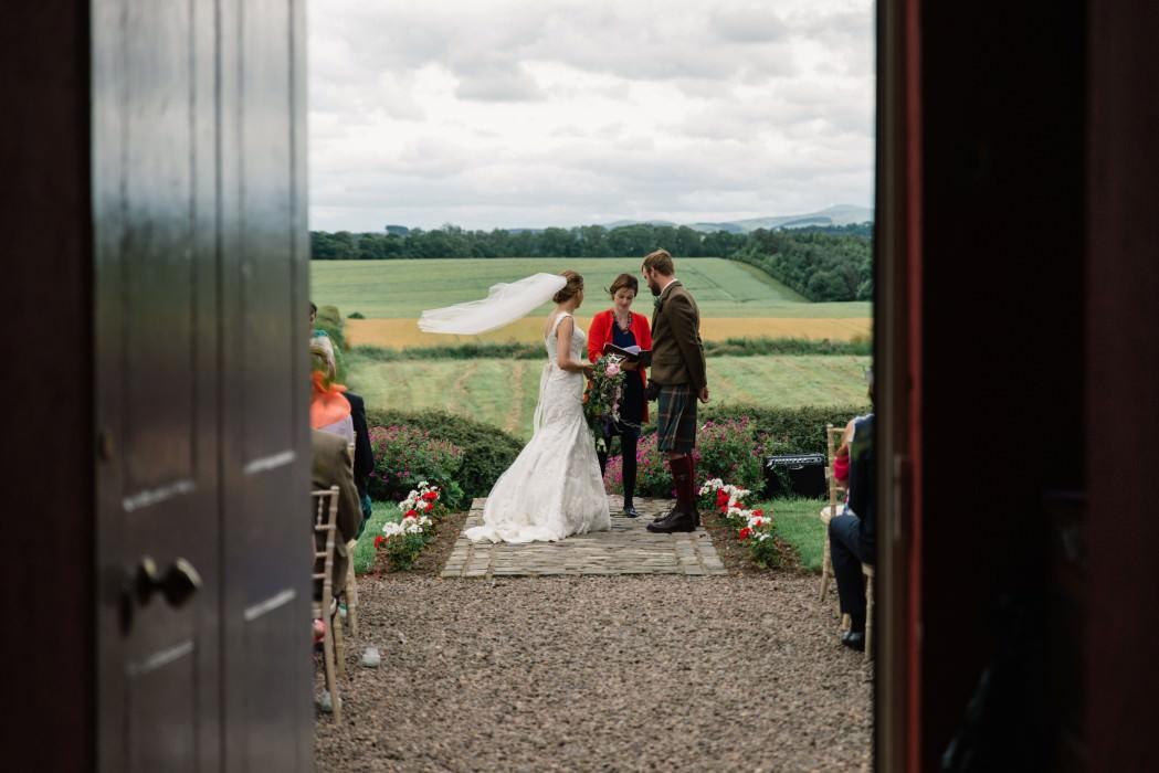 bride veil wedding