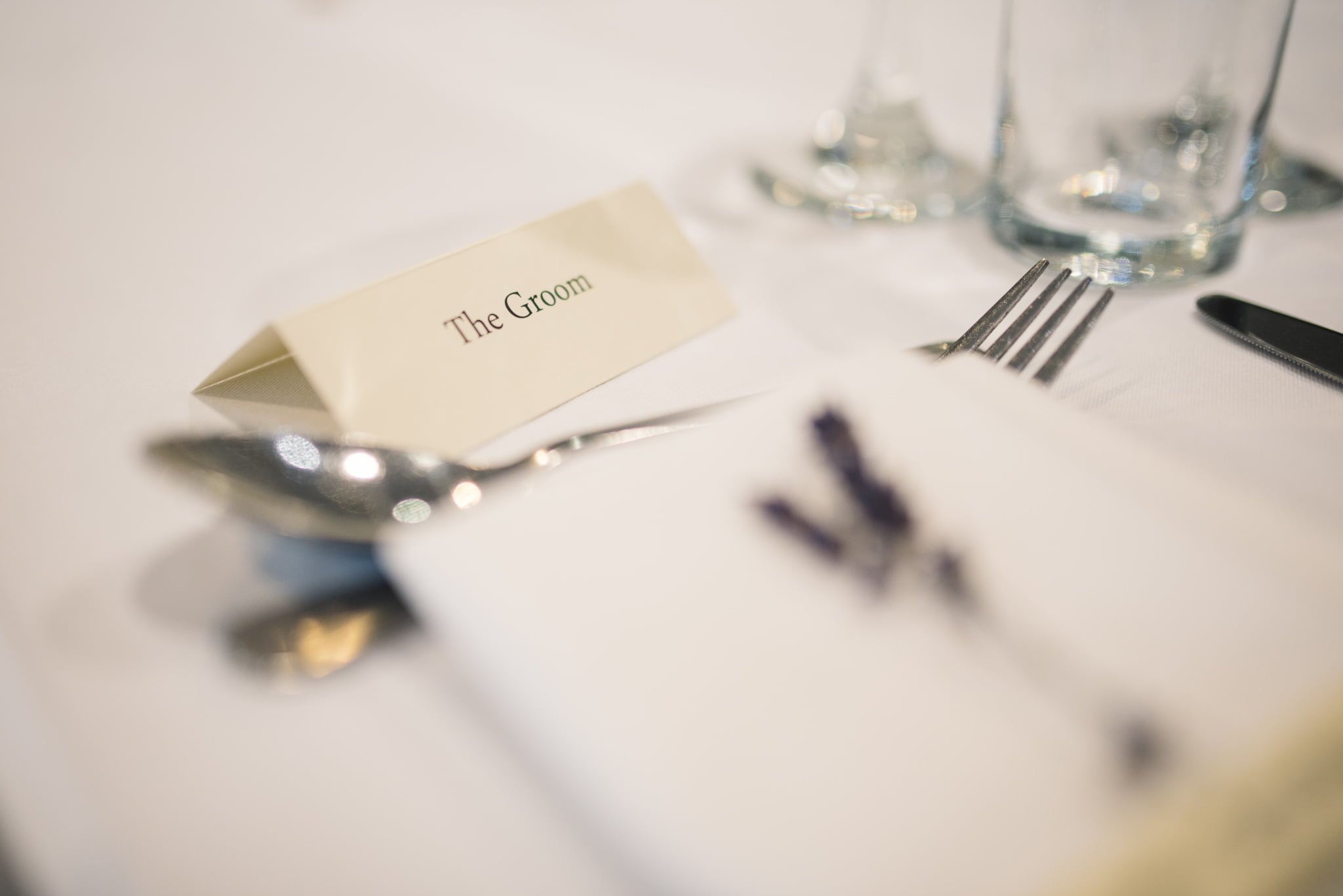 groom table place card
