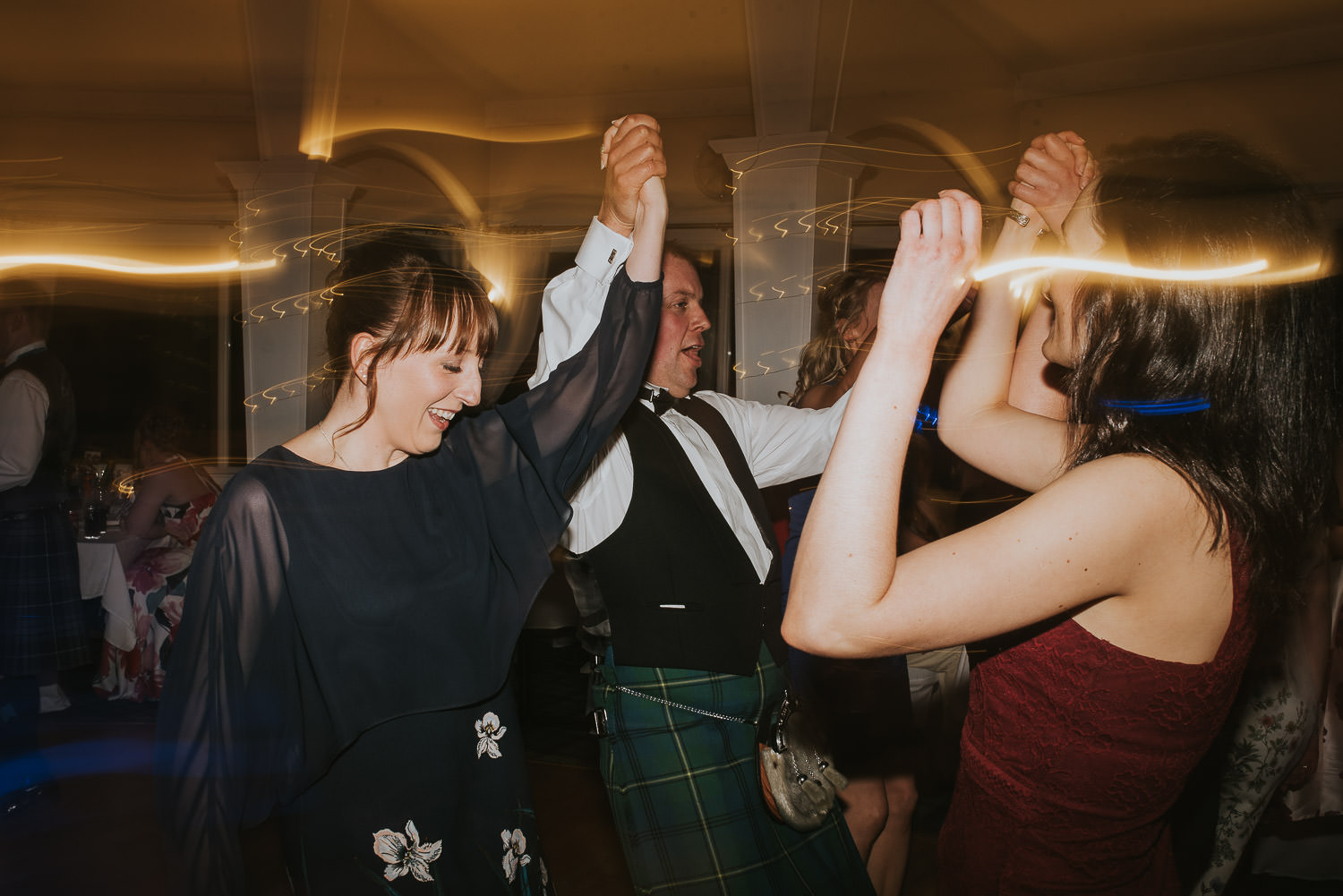 country wedding ceilidh dancing