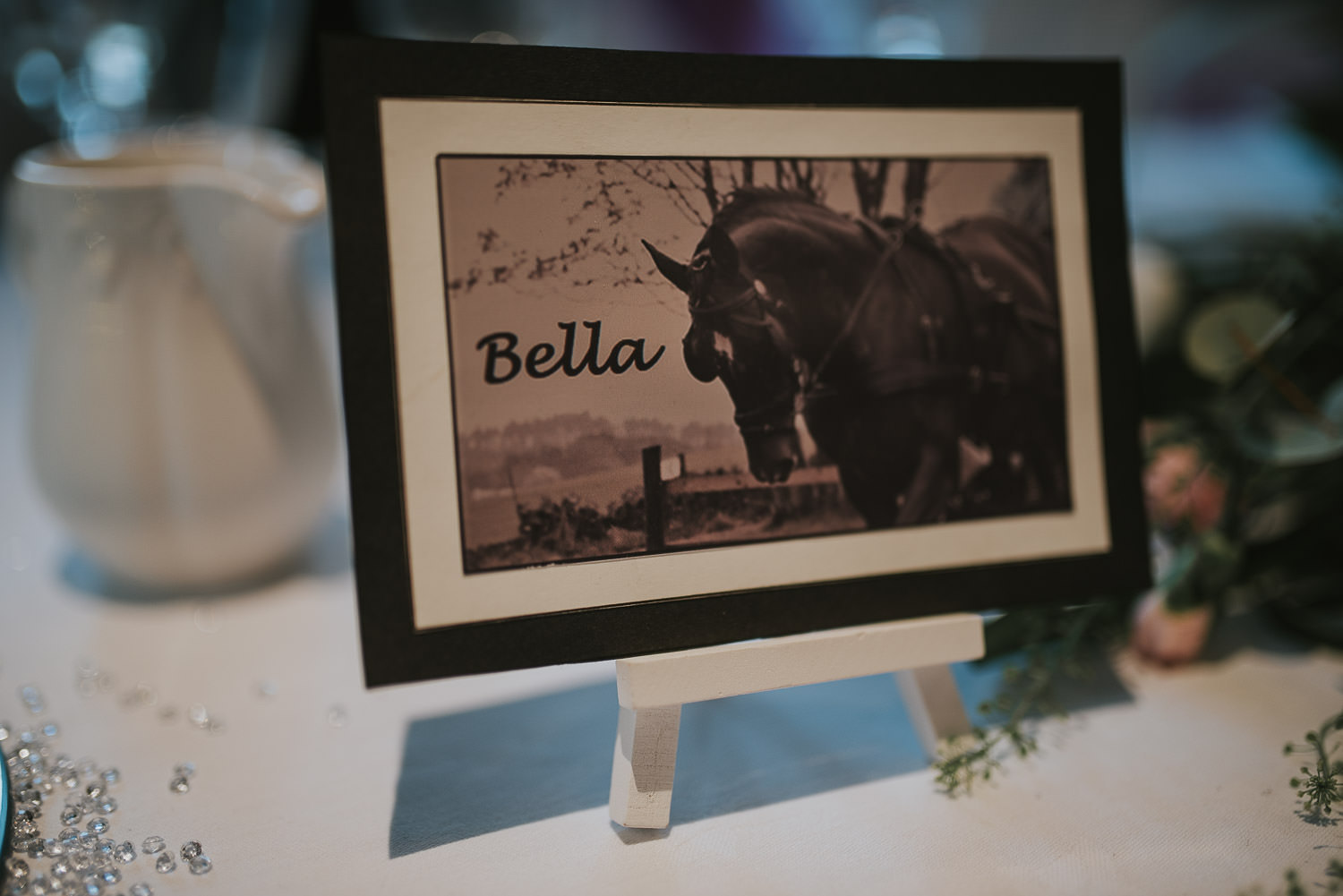 country wedding table decoration with horse