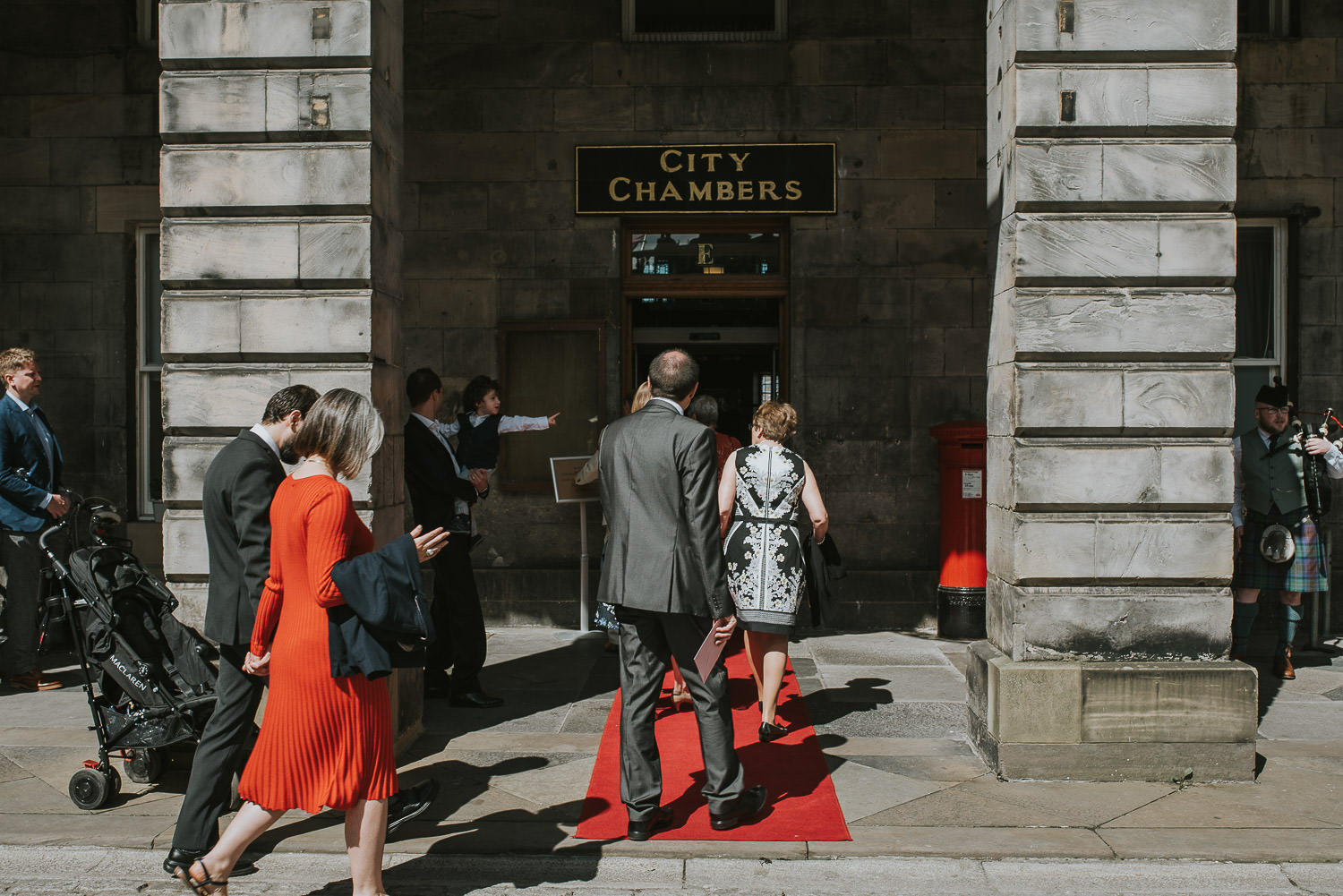 wedding guests entering Edinburgh City Chambers