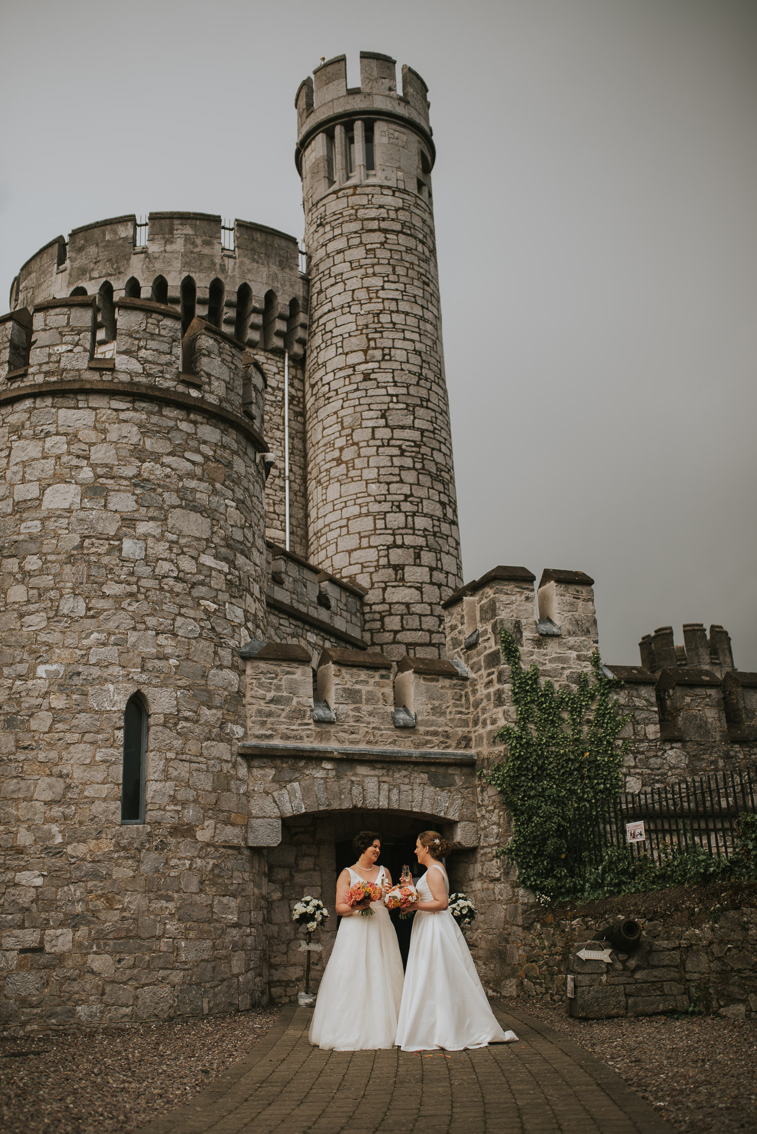 brides in front of blackrock castle observatory