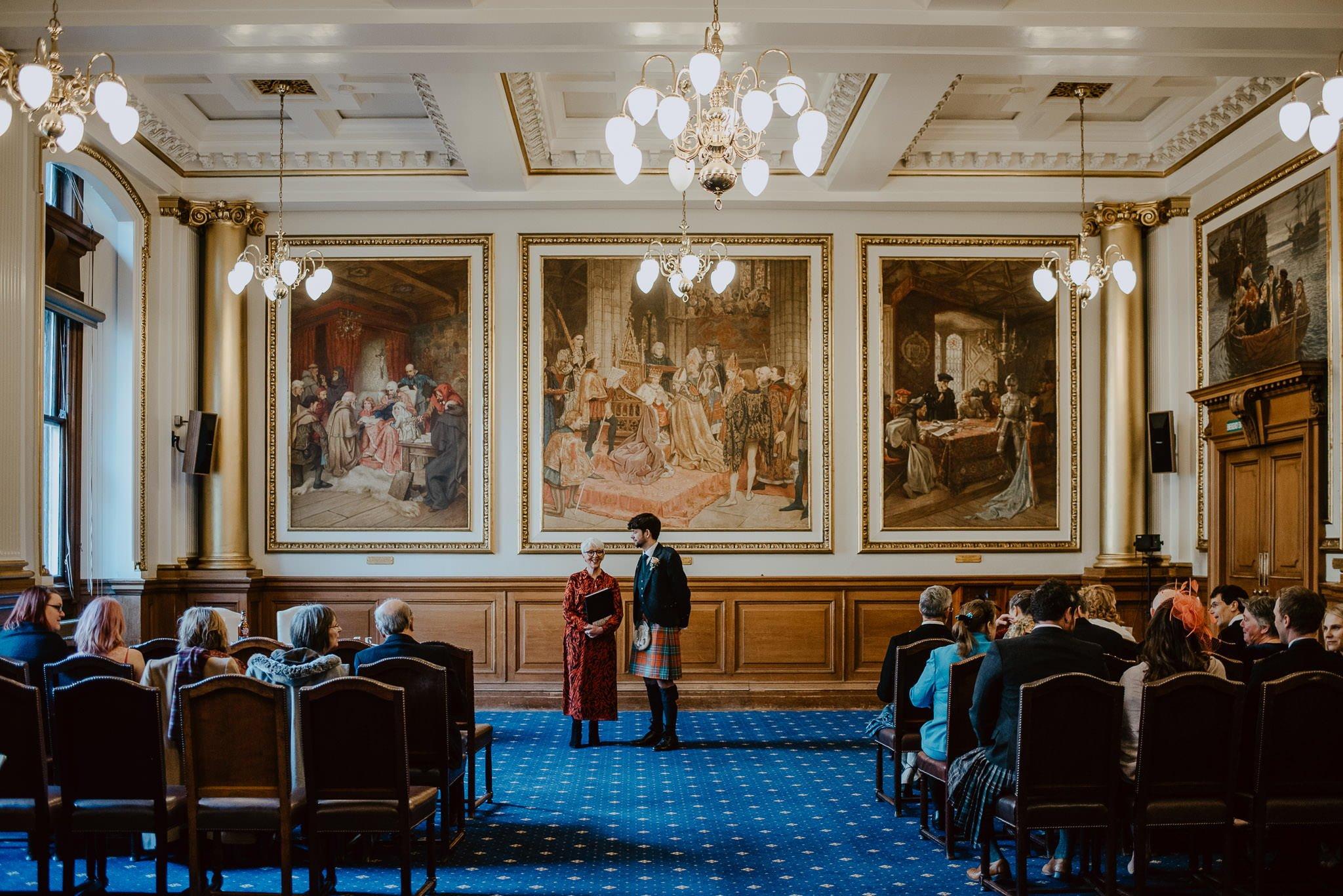 A Charming Edinburgh City Chambers Wedding 11