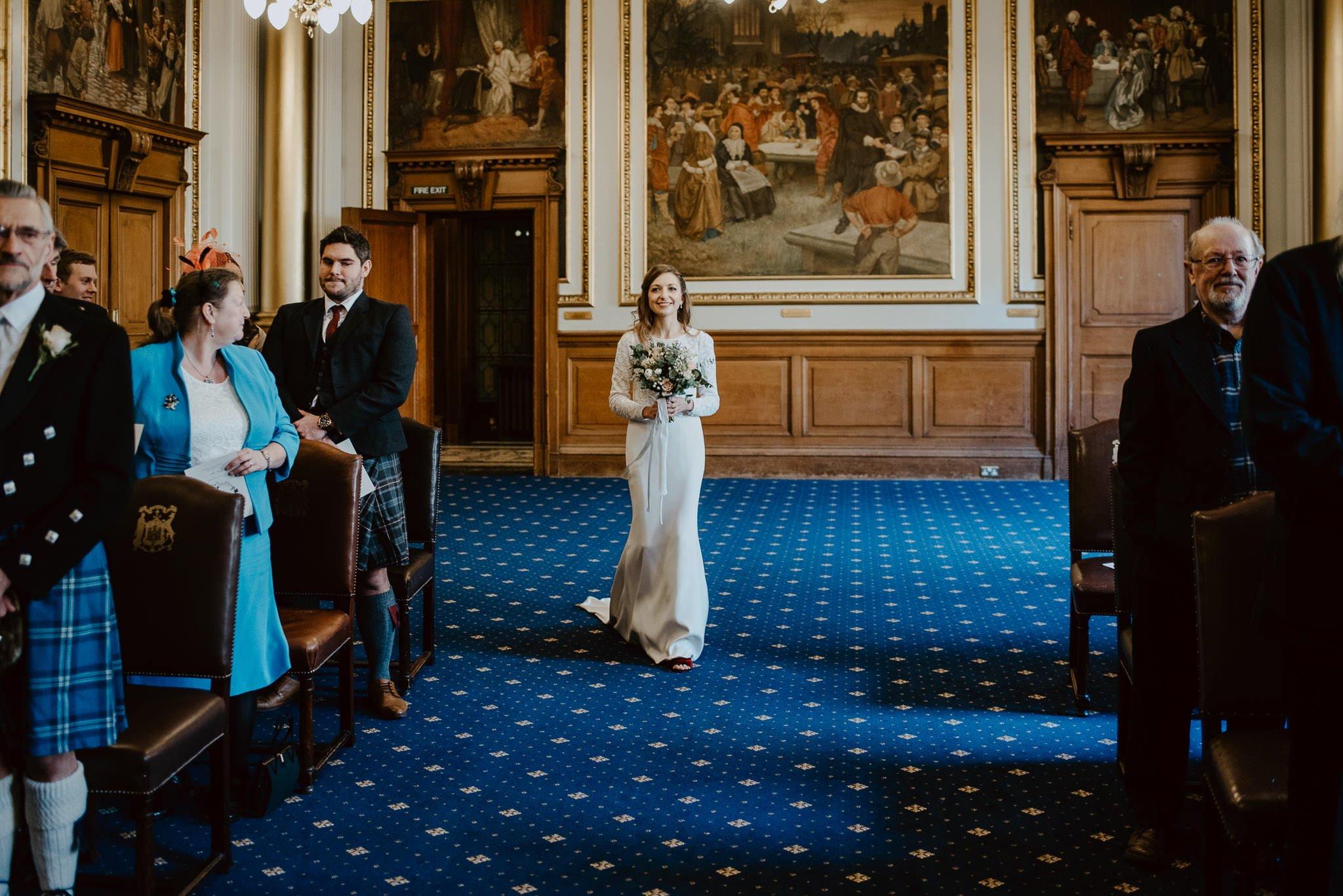 A Charming Edinburgh City Chambers Wedding 13