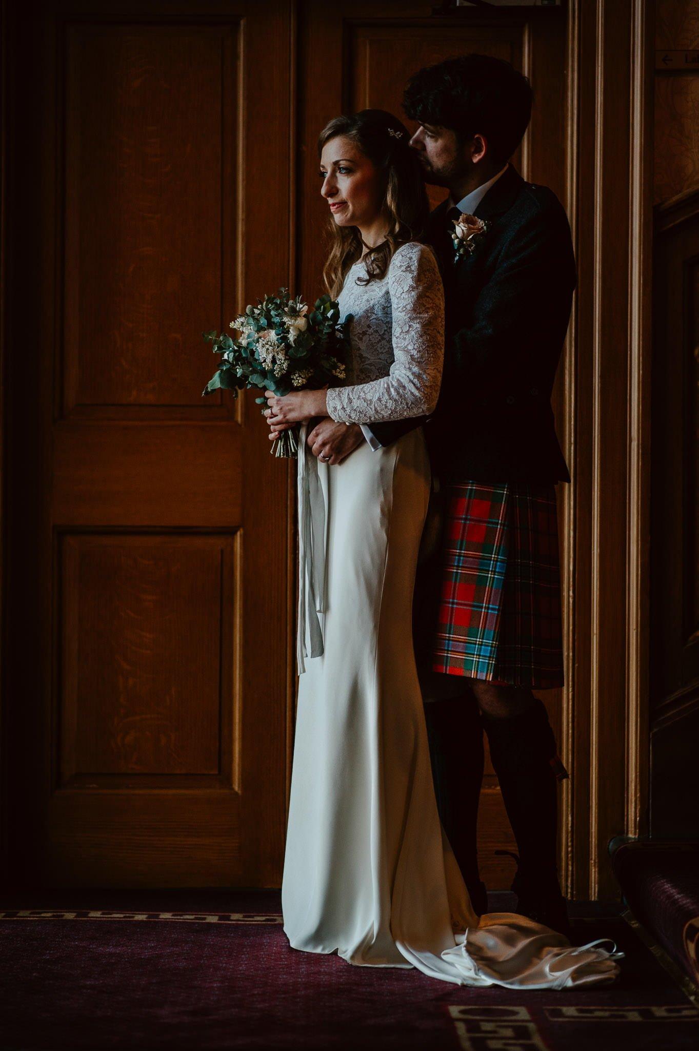 A Charming Edinburgh City Chambers Wedding 21
