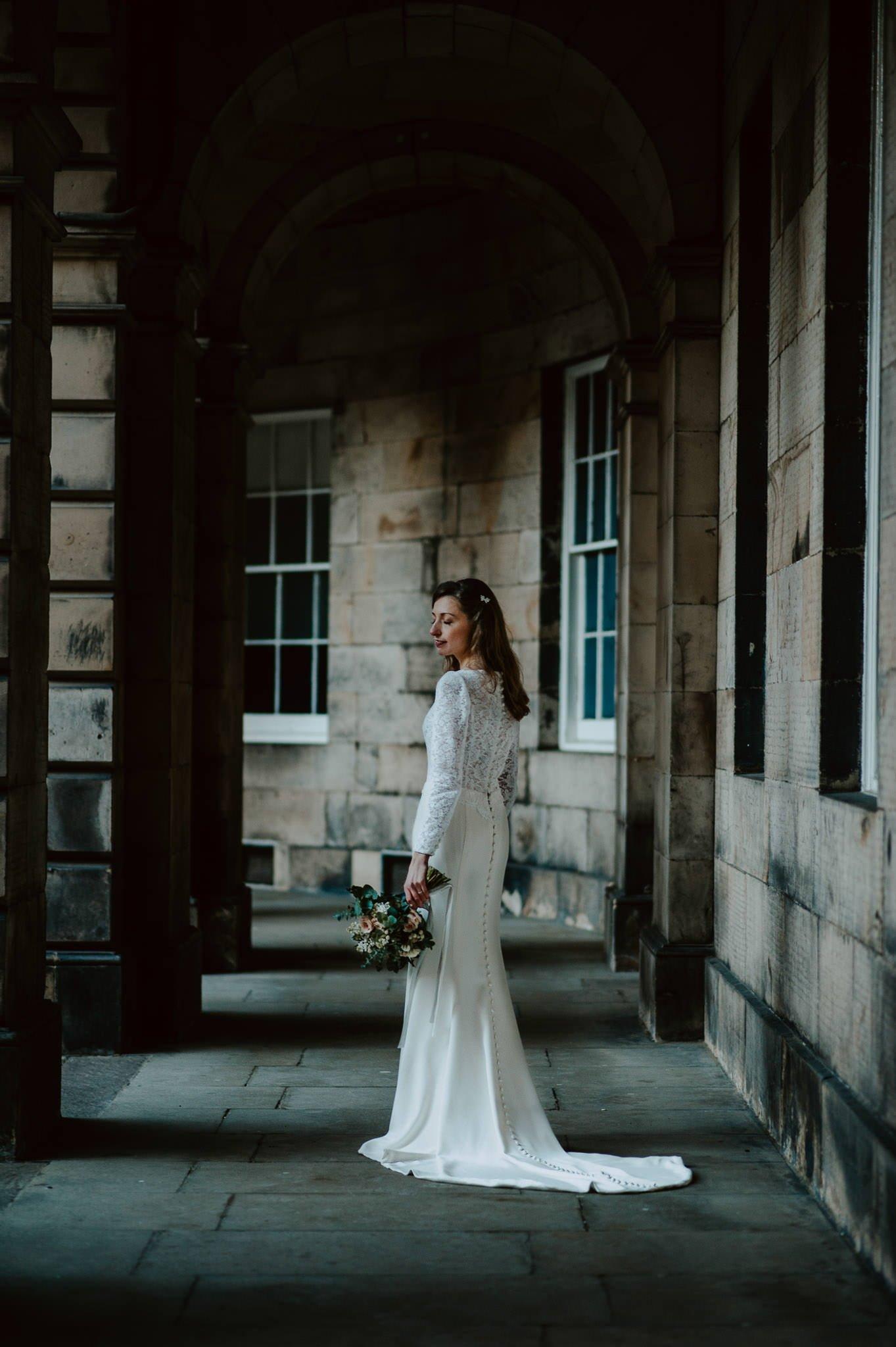 A Charming Edinburgh City Chambers Wedding 29